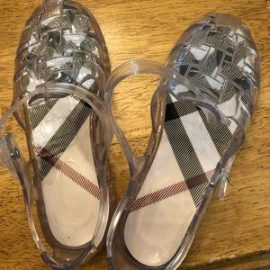 Burberry jelly shoes